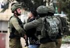 جيش الاحتلال يداهم المنازل وقواته تعتقل (13) مواطناً من الضفة والقدس