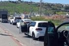 سلطات الاحتلال تغلق مدخلي قرية أم صفا شمال غرب رام الله