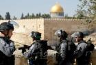 """قوات الاحتلال تقمع عشرات الشبان في """"باب العامود"""" بالقدس المحتلة"""