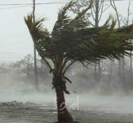 """إعصار """"ريك"""" يقترب من ساحل المكسيك على المحيط الهادئ"""