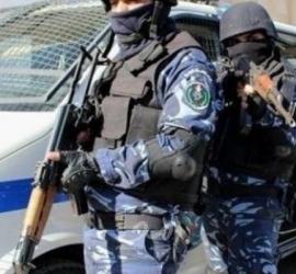 إعلام عبري: الشرطة الفلسطينية تعتقل شاب للاشتباه في تخطيط هجوم داخل إسرائيل