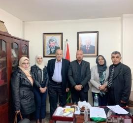 """""""أبو العينين"""" يلتقي إدارة صناع الأمل في رام الله"""