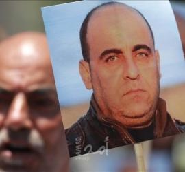 """""""عائلة بنات"""" تطالب الرئيس عباس بالإعتراف بجريمة قتل """"نزار"""" عبر شاشة تلفزيون فلسطين رسميًا"""