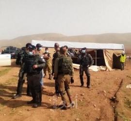 جيش الاحتلال يقتحم خربة حمصة الفوقا ويصادر معدات زراعية في الأغوار