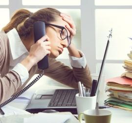 كيف يُسبب التوتر تساقط الشعر؟