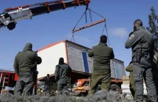"""جيش الاحتلال يهدم منشأة زراعية في الأغوار ويستولي على """"كرفان"""" جنوب الخليل"""