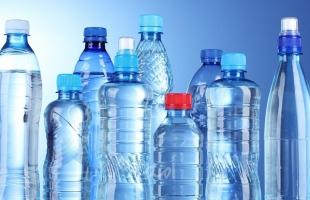 البلاستيك ينتقل للإنسان عن طريق زجاجات الشرب