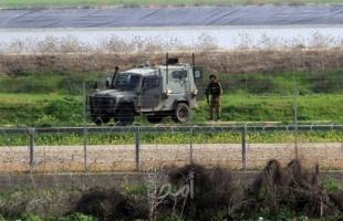 قوات الاحتلال تطلق النار تجاه شاب اقترب من السياج الفاصل على حدود غزة