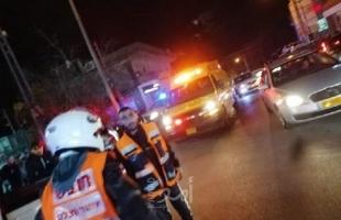 مقتل شاب وإصابة آخر بجراحٍ متوسطة طعناً في الناصرة والنقب