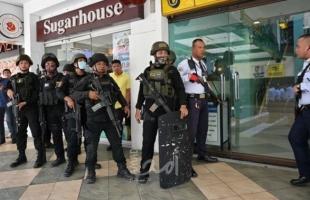 """الفلبين: استسلام محتجز الرهائن في """"مانيلا"""""""