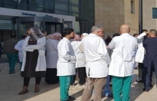 """نقابة الأطباء لـ""""أمد"""": الاحتجاجات مستمرة لأن المفاوضات مع الحكومة برام الله وصلت لطريق مسدود"""