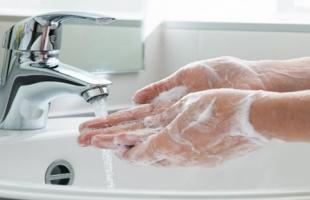 كيف تعقم يديك بشكل صحيح - تعرف