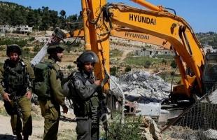 سلطات الاحتلال تخطر بوقف البناء في بركسين شمال غرب بيت لحم