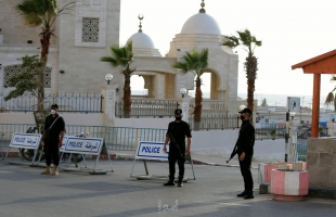 شرطة حماس تهين الشباب تحت مبرر مواجهة انتشار كورونا - فيديو
