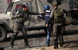 الخليل: جيش الاحتلال يعتقل مصور تلفزيون فلسطين ويُصادر معداته