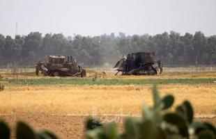"""جرافات جيش الاحتلال تتوغل شرق """"أبو صفية"""" شمال قطاع غزة"""