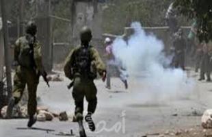 محدث- إصابات بالاختناق خلال مواجهات مع قوات الاحتلال في الفوار والبيرة