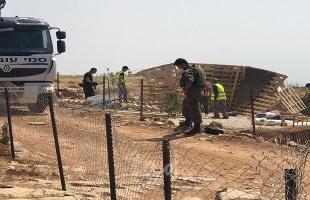 قوات الاحتلال تفكك غرفتين زراعيتين قرب العيسوية وتستولي على معداتهما