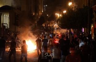 شبان فلسطينيون يطلقون المفرقعات النارية صوب قوات الاحتلال شمال جنين