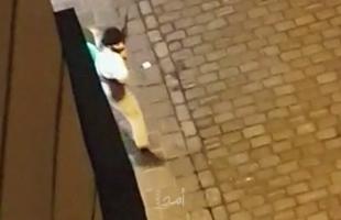 شاهد .. اللحظات الأولى لإطلاق النار على كنيس يهودي وسط فيينا