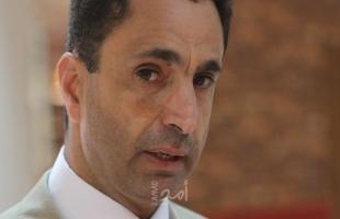 عصام بكر يطالب منصور عباس بالاعتذار للشعب الفلسطيني واسراه