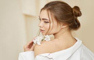 وصفات طبيعية لإزالة ندبات حب الشباب