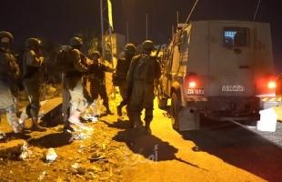 قوات الاحتلال تعتقل شابين من رام الله والقدس