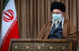 """خامنئي يرى في تجربة حكومة روحاني دليلا على أن """"الثقة بالغرب لا تنفع"""""""