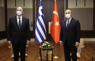 مشادة بين وزيري تركيا واليونان أمام الكاميرات - فيديو