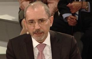 الصفدي يثمن موقف الاتحاد الأوروبي المتمسك بالشرعية الدولية وحل الدولتين