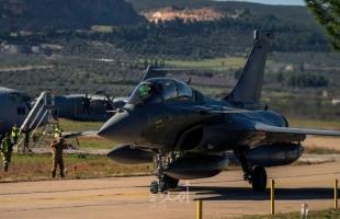 """محدث - مصر تعلن عن إبرام اتفاق مع فرنسا لشراء 30 مقاتلة من نوع """"رافال"""""""