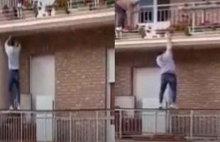 شاب ينقذ عجوز قبل سقوطها من شرفة منزلها بثوان.. فيديو