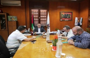 بلدية غزة تبحث مع نقابة الصيادلة سبل تعزيز التعاون