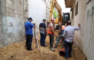 """""""جباليا النزلة"""" تشرع في تنفيذ مشروع تطوير شوارع متفرقة في منطقتي الزرقاء والغباري"""