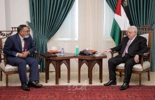 الرئيس عباس يستقبل رئيس هيئة التقاعد