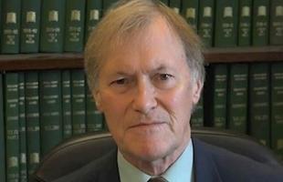 وفاة النائب البريطاني ديفيد آميس بعد تعرضه لحادث طعن