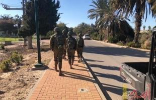 اعتقال فلسطينيين حاولا اجتياز السياج الفاصل مع قطاع غزة
