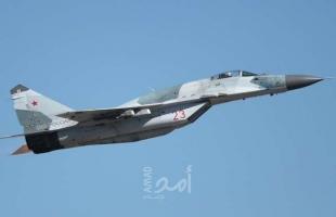 """مقاتلة """"سو-27"""" روسية تعترض طائرة استطلاع أمريكية"""