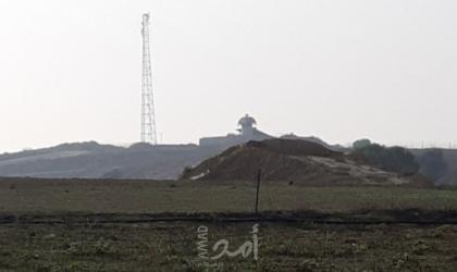 قوات الاحتلال تهاجم المزارعين شرق خانيونس وتجبرهم على مغادرة أراضيهم