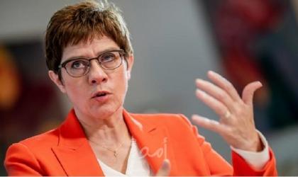 وزيرة دفاع ألمانيا: لن أحل القوات الخاصة رغم بعض المواقف المتطرفة