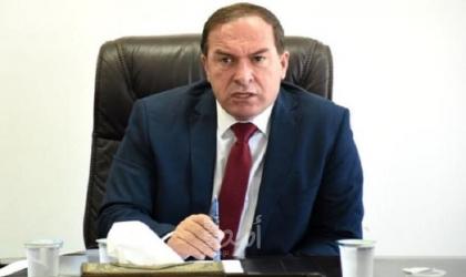 محافظ سلفيت يغلق شركة باطون لتقديمها خدمات للمستوطنات
