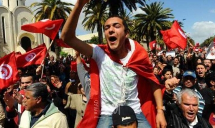 تونس: احتجاجات تطالب بكشف المتورطين في اغتيال شكري بلعيد