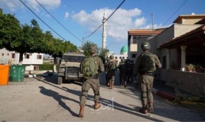 """أبو الحمص: مركبات جيش الاحتلال أشرت  على بناية المقدسي """"فادي عليان"""" تمهيدًا لهدمها بالعيسوية"""