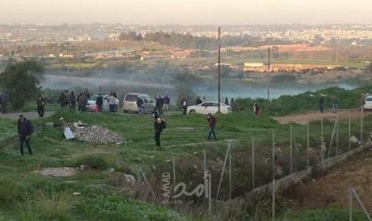 جيش الاحتلال يطلق النار وقنابل الغاز تجاه العمال غرب طولكرم