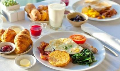 أفضل أفكار الإفطار لزيادة الطاقة وخفض السكر في الدم!