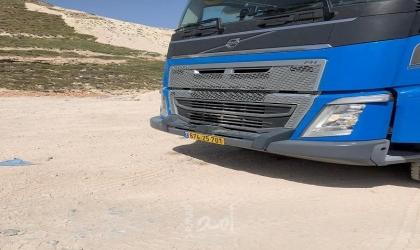 """بيت لحم: إرجاع شاحنة إسرائيلية مهربة بنفايات مخلفات بناء إلى """" إسرائيل """""""