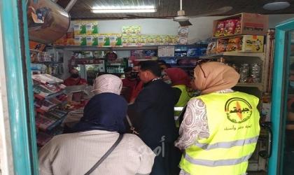 النضال الشعبي وحماية المستهلك تنظمان حملة لمقاطعة المنتجات الإسرائيلية في طولكرم
