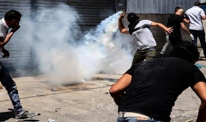 طوباس: إصابات في مواجهات بين قوات الاحتلال وشبان فلسطينيون قربحاجز تياسير
