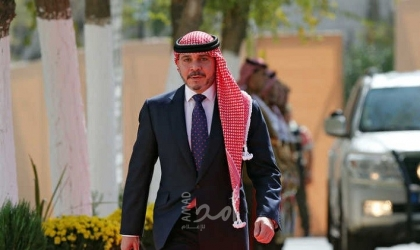 """من مرشح لرئاسة """"الفيفا"""" إلى نائب لملك الأردن.. الأمير علي يؤدي اليمين الدستورية"""