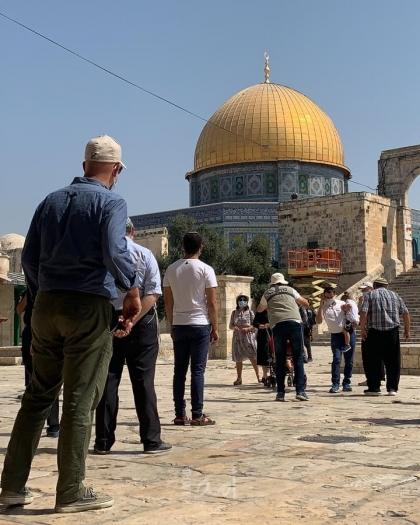 الأوقاف: أكثر من 21 تدنيساً للأقصى و49 وقتاً منع جيش الاحتلال رفع الأذان في الإبراهيمي